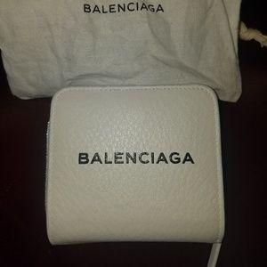 Balenciaga unisex leather bi-fold wallet